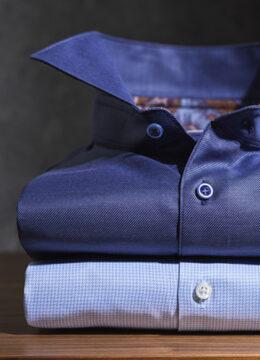 Stenstroms-la-chemise-bleutee-vibrante-et-soyeuse