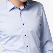 eterna-les-chemises-unies-bleu-doux-pres-du-corps-2