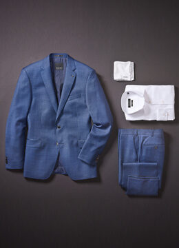 digel-cest-la-saison-pour-agencer-un-veston-bleu-clair-avec-du-blanc