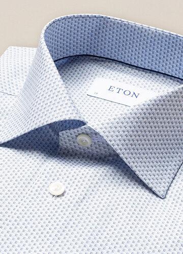 eton-les-chemises-bleues-au-textile-fin-et-doux
