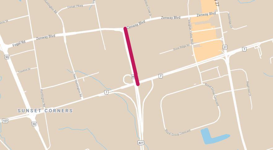 Une carte montrant la fermeture complète de l'autoroute 427 en direction nord et sud (légalement appelée la route régionale de York 99) entre l'autoroute 7 et le boulevard Zenway