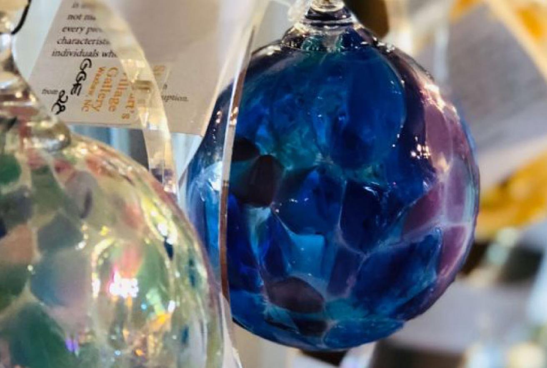 art-gallery-glass-art