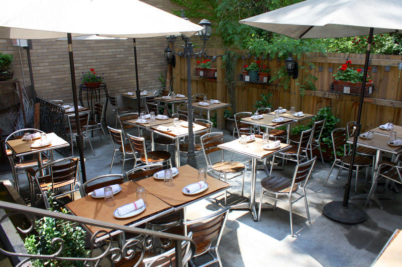 Medi Wine Bar - Backyard