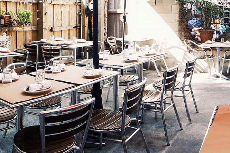 Medi Wine Bar - Backyard