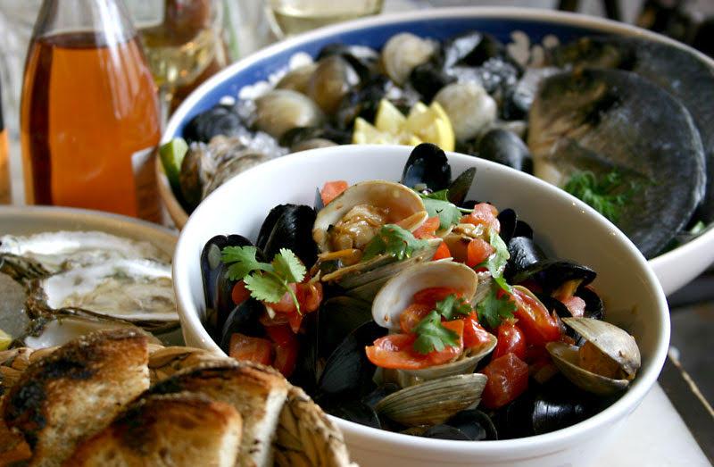 Mussels & Chorizo