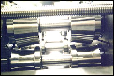 Variable Head Rollformer Lead Screw