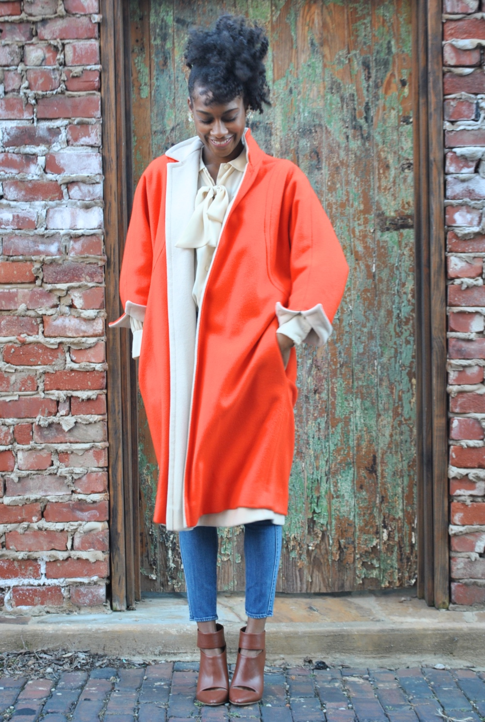 vintage coat fashion stylist blog
