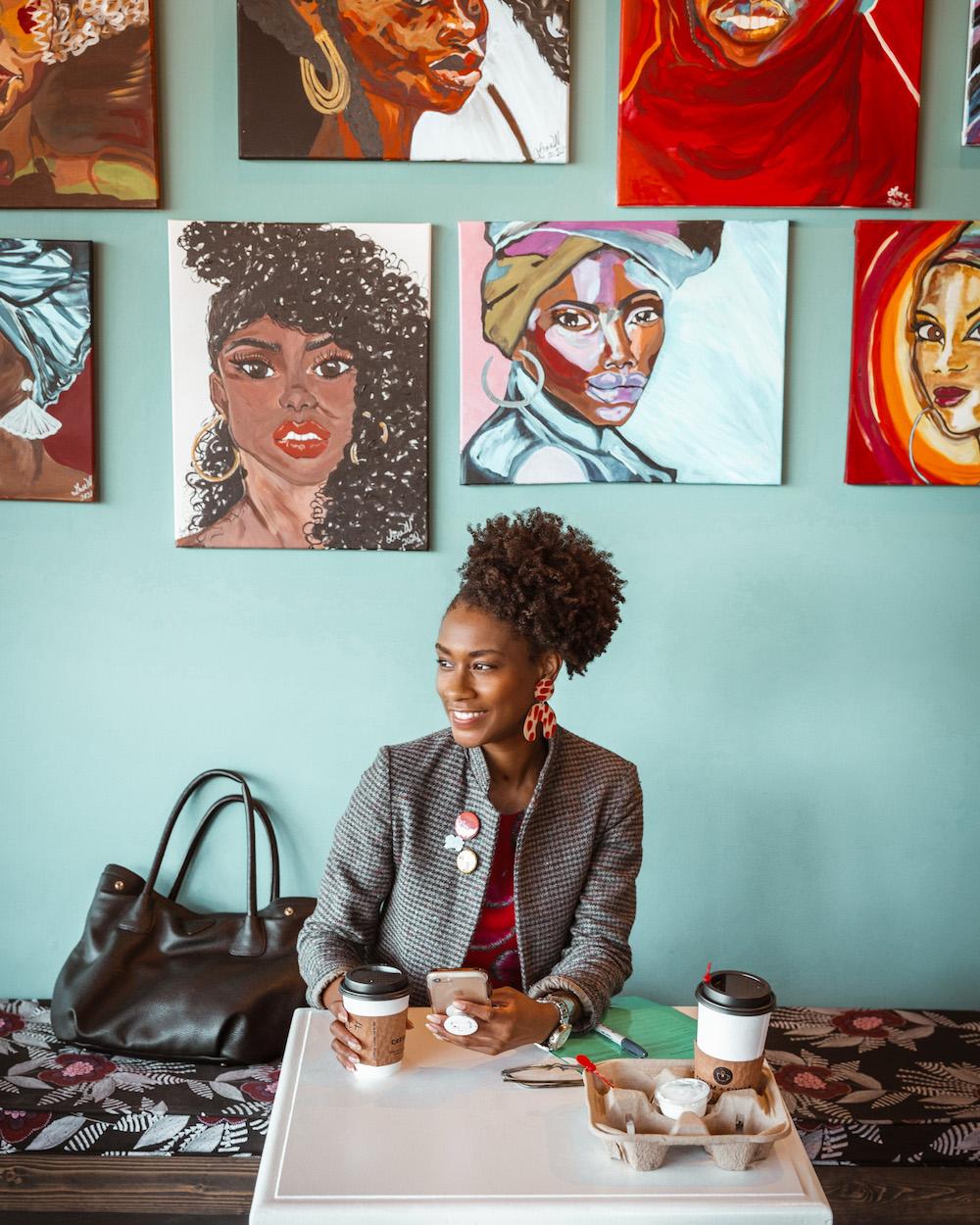woman sitting in coffee shop