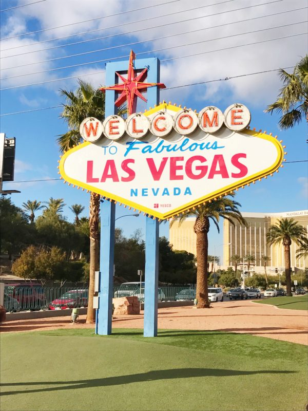 Your Guide To Las Vegas | A Married Adventure