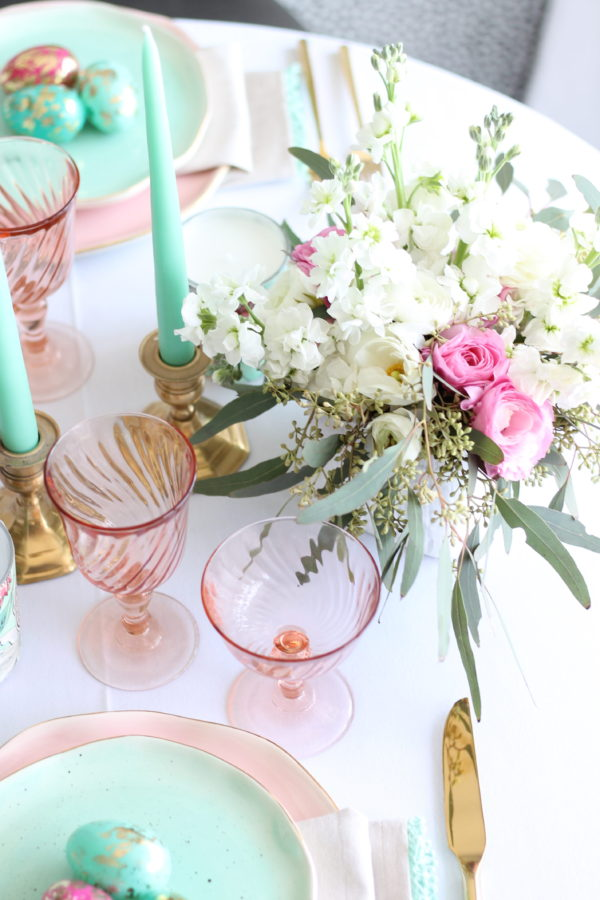 Easter Tablescape | A Married Adventure