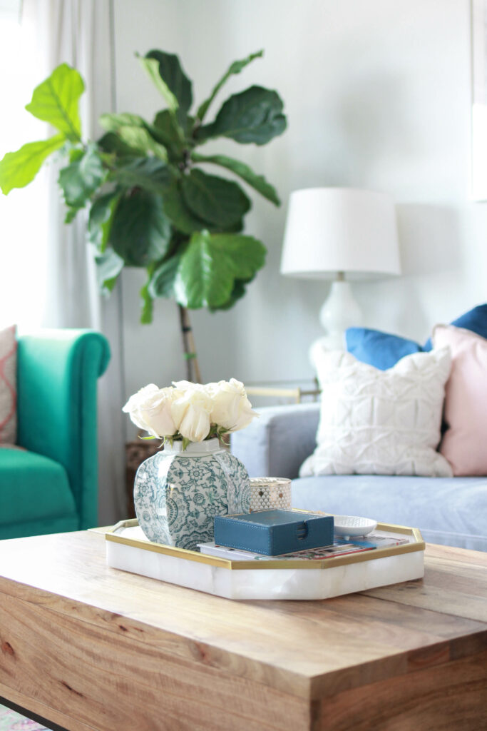 Apartment Living Room Home Tour | amberpizante.com