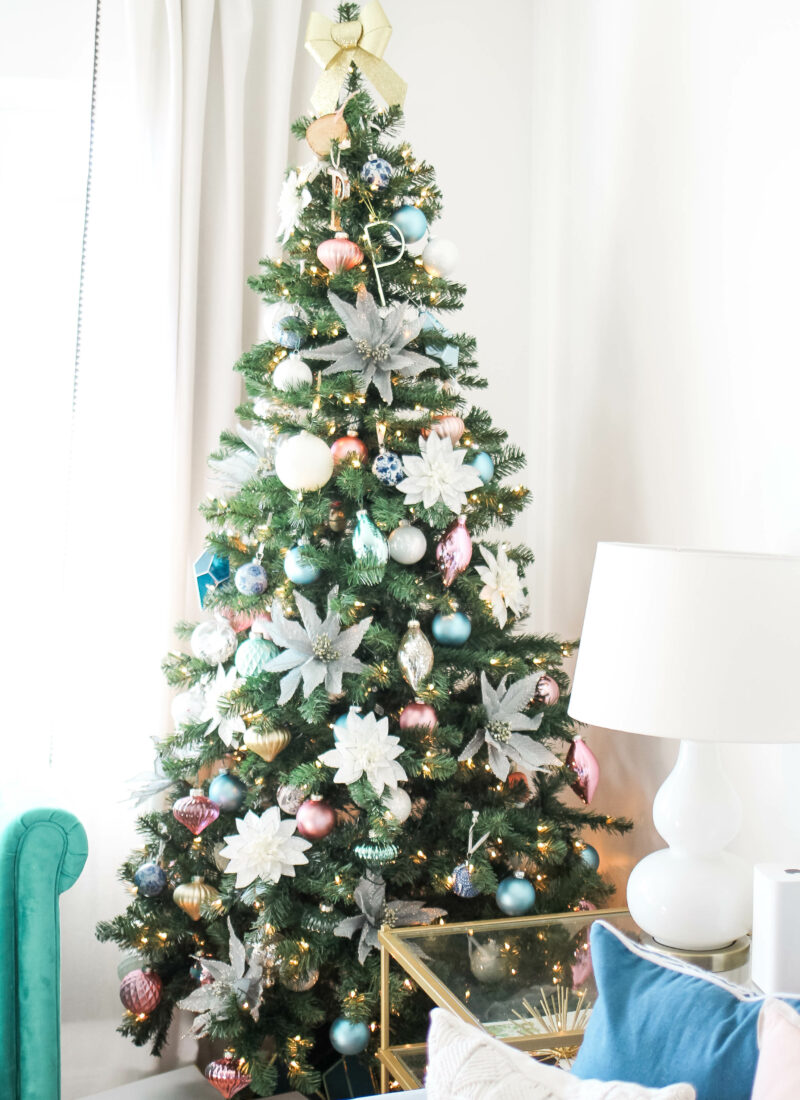 Christmas Tree-Holiday Home Tour 2017 - amberpizante.com