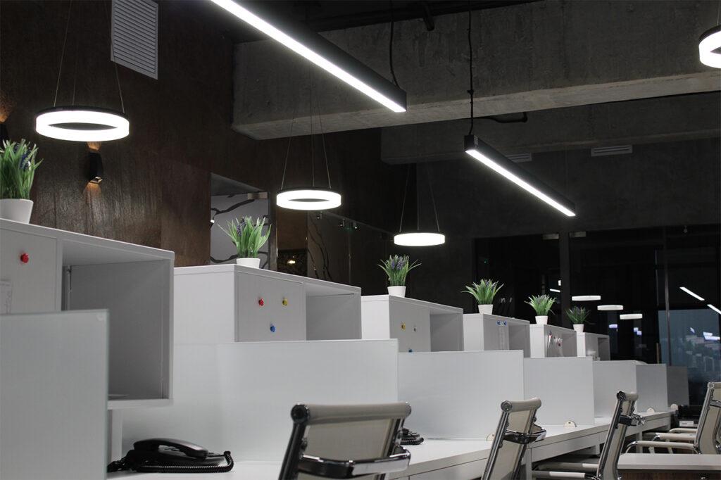 Proyecto destacado contacto Iluminación modo guatemala