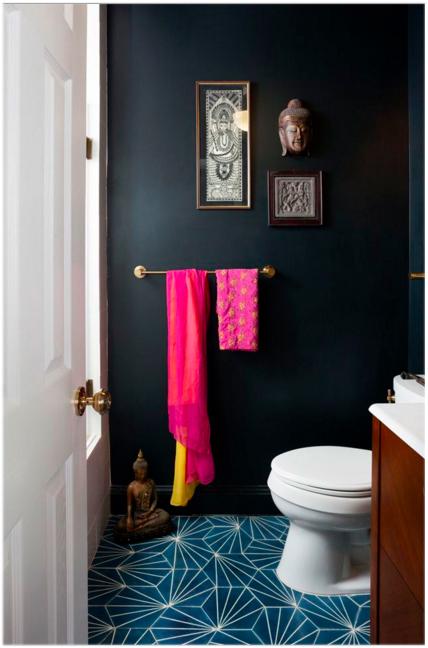 black bathroom 1