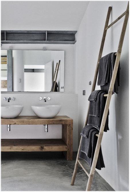 towels on ladder