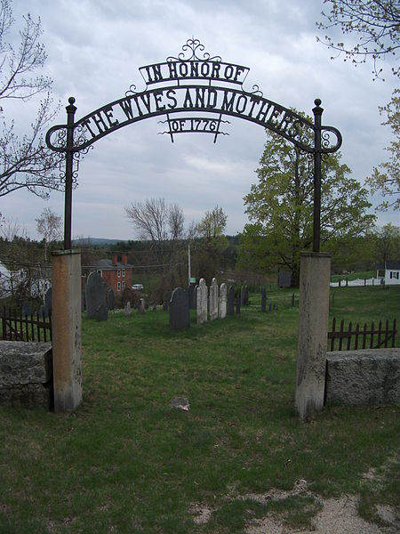 450px-Cemetery_in_Temple,_New_Hampshire