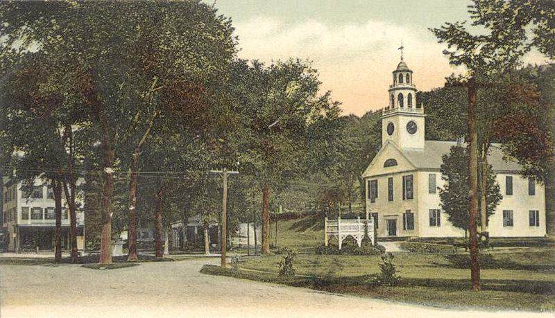 800px-View_of_the_Common,_Winchester,_NH