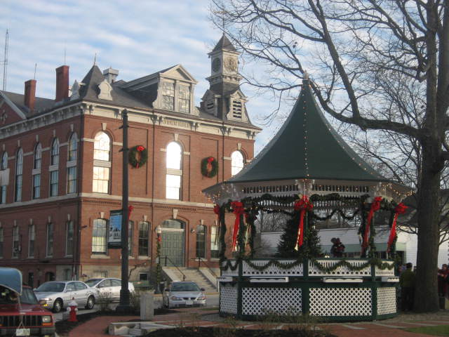 Milford_NH_Bandstand