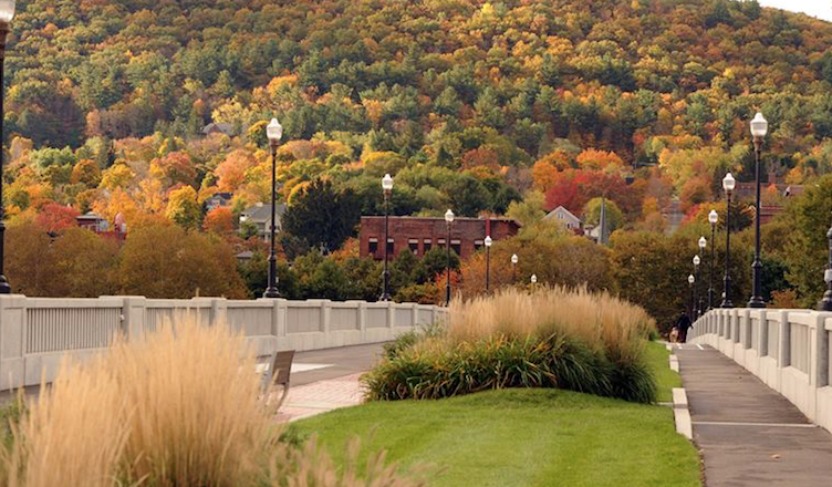 An Urban Corning Guide To: The Perfect Fall Weekend