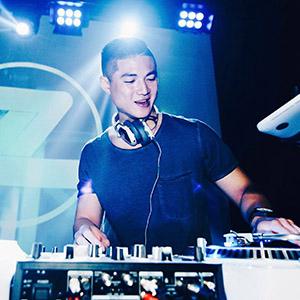 DJ Z   DE