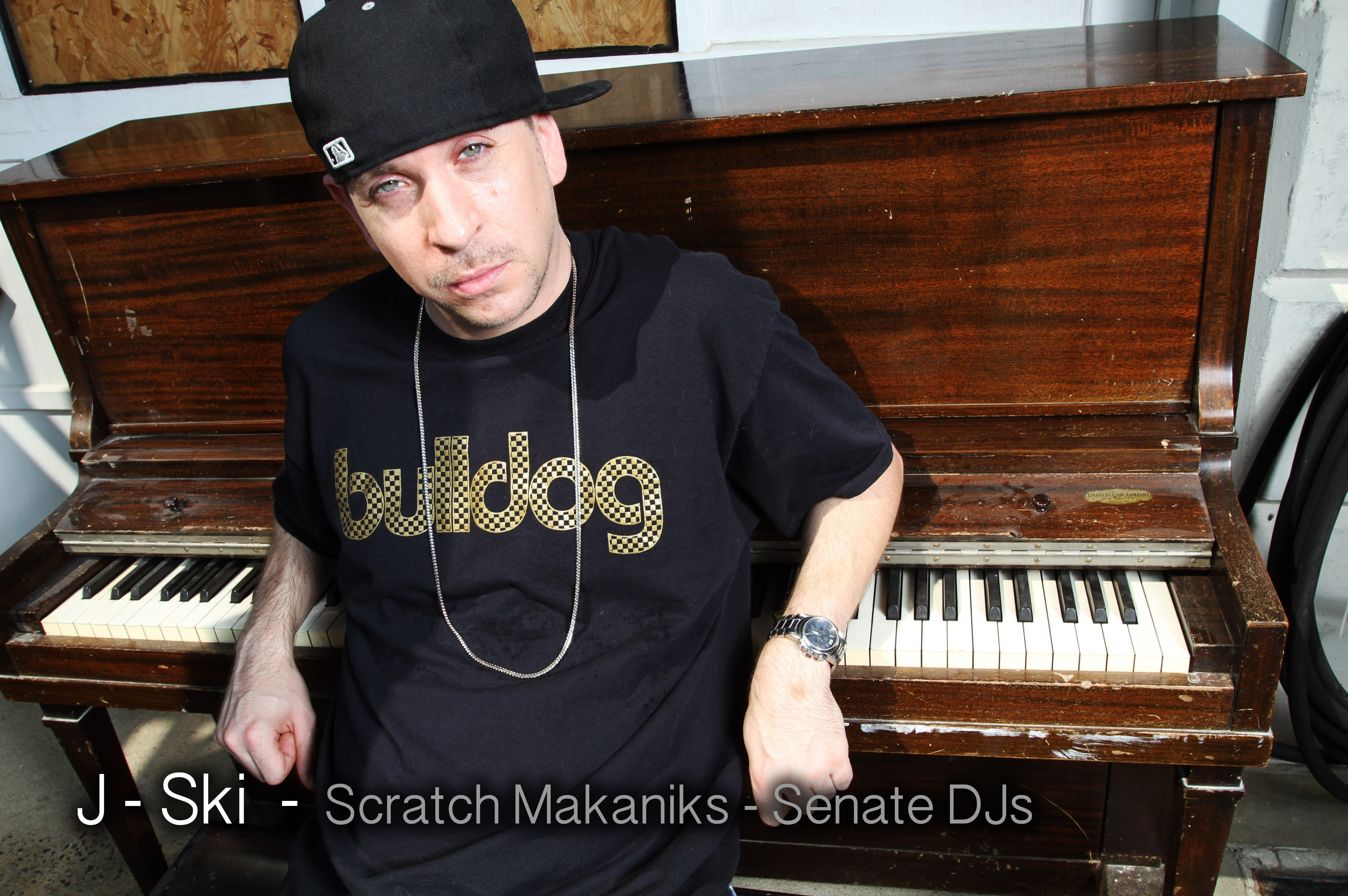 J Ski_piano_buldog_shirt_black_hat