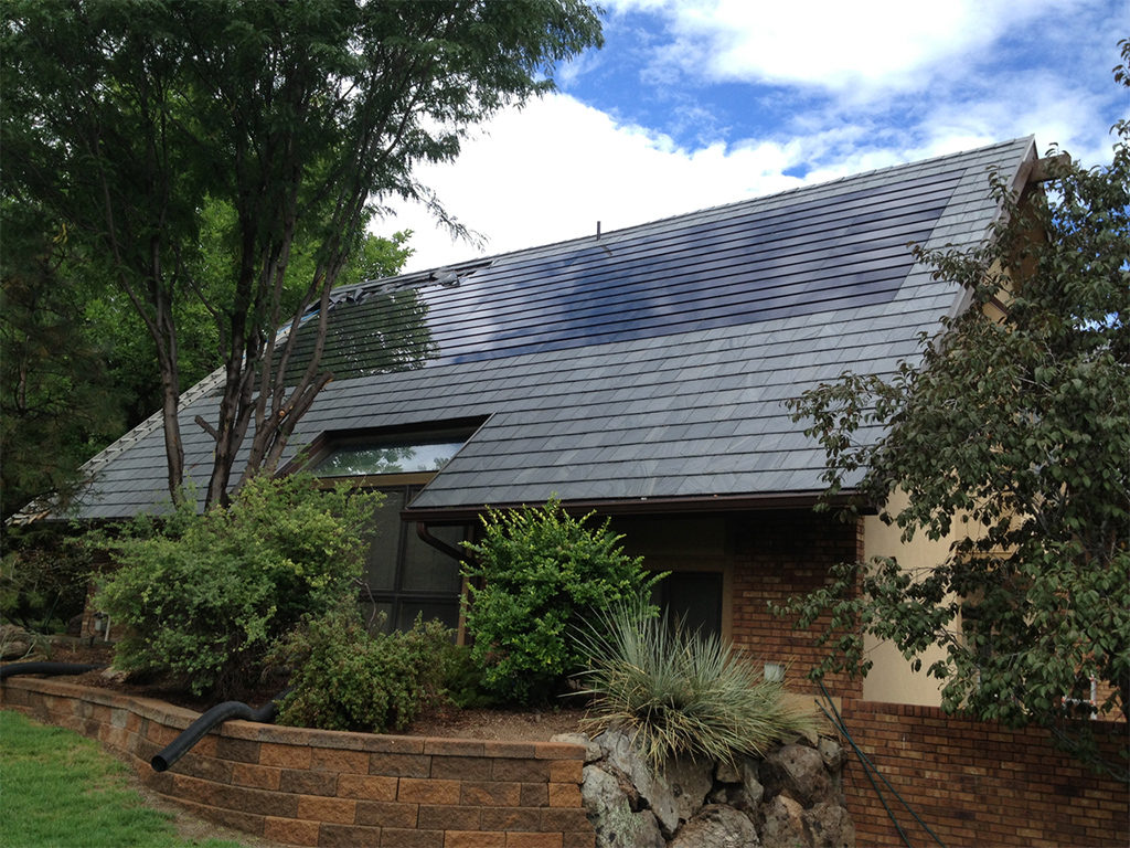 Retired airline pilot has very good taste with TallSlates and natural slates on his roof.