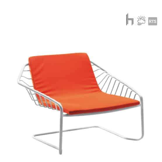 ACERAY_Ritmo-7_stacking_lounge chair_with white frame and orange cushioned seat