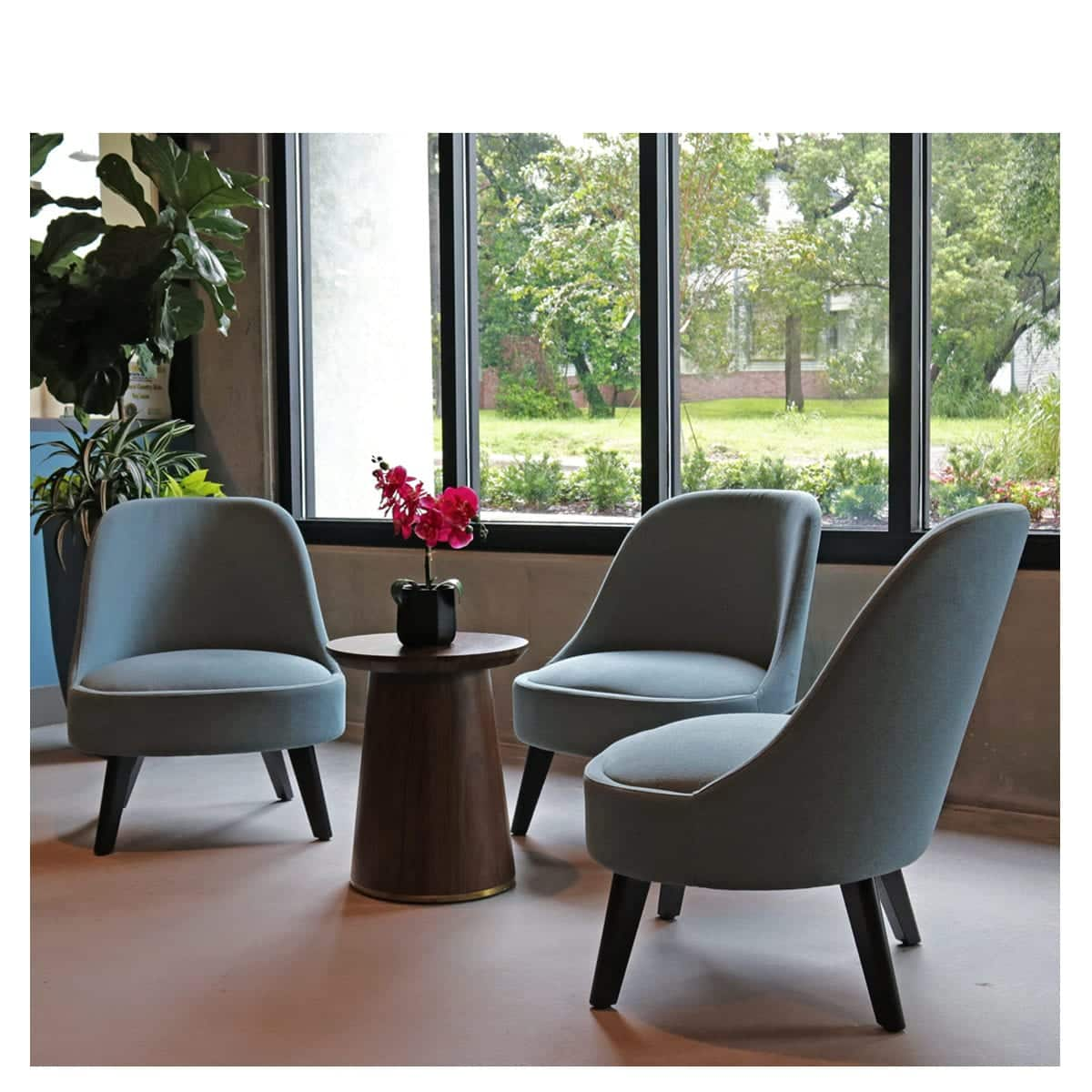 Stupendous Solo J Custom Hospitality Seating Aceray Caraccident5 Cool Chair Designs And Ideas Caraccident5Info