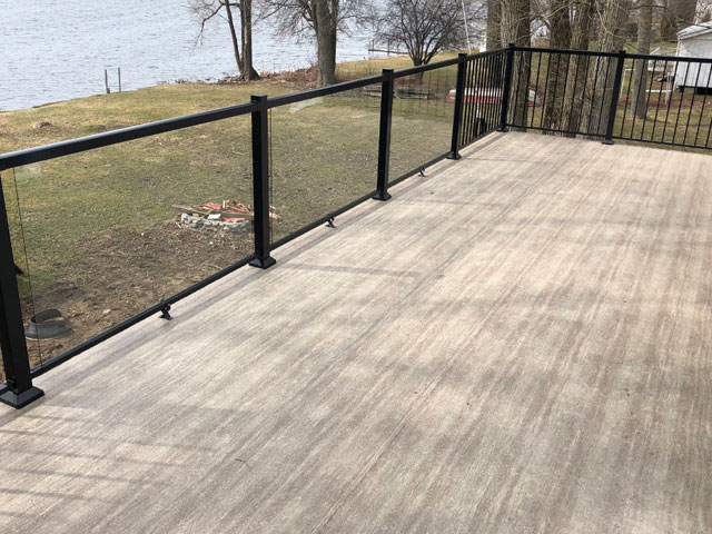 Duradek Legacy Cedarwood Vinyl Decking with Durarail Aluminum Railings (on display at the Vancouver Fall Home Show in 2018)