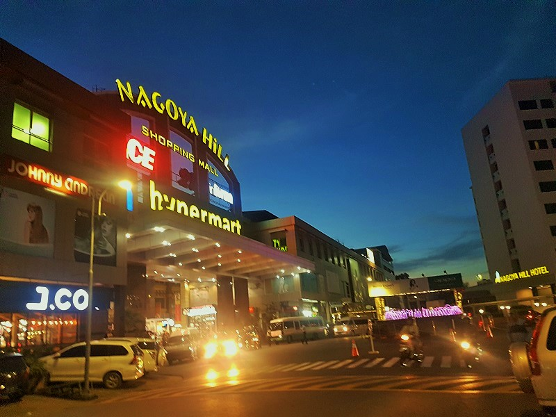 Nagoya Hill Shopping Mall Batam - Journey to Batam Islands Indonesia
