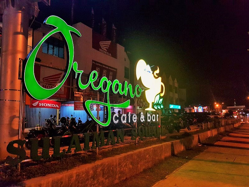 Oregano Cafe & Bar Batam - Journey to Batam Islands Indonesia