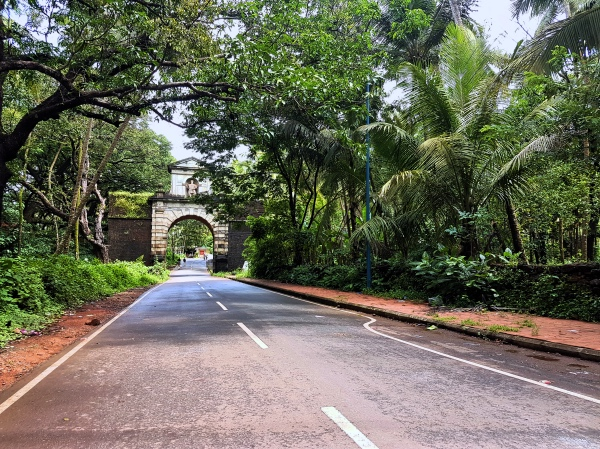 Viceroy's Arch Old Goa - Divar Island Goa Tour Guide