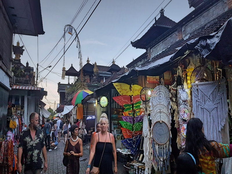 Ubud Art Market Bali Guide - Ubud Travel Guide