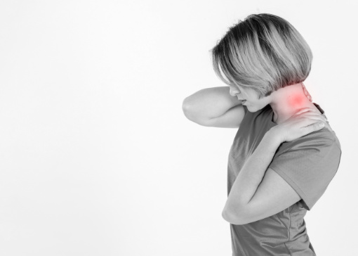 How to Avoid Neck Pain While Traveling