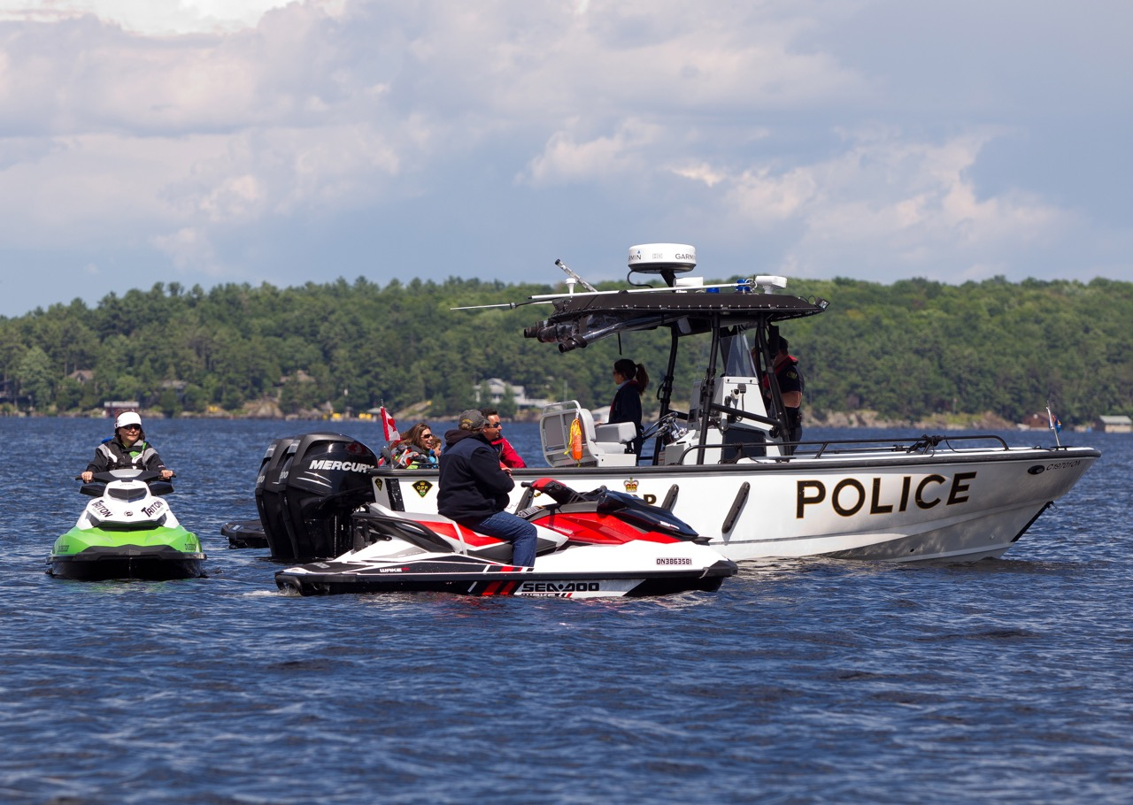 Police check to enforce Ontario PWC boating regs