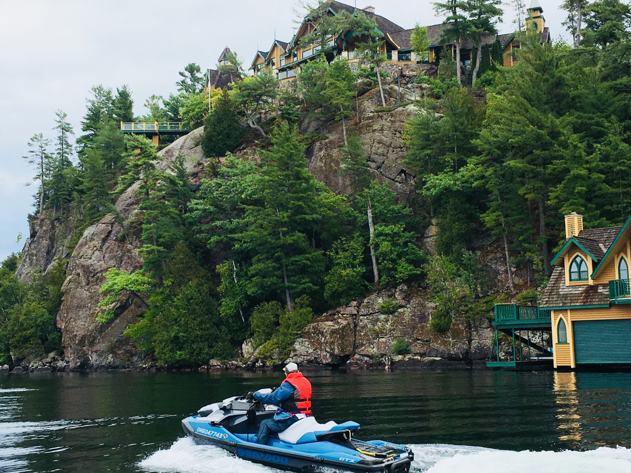 Exploring and discovering new waterways like the Muskoka Lakes result from PWC beginners tips.