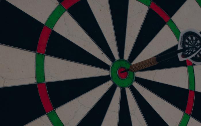 Bullseye | Silvan Arnet, Unsplash | 1600x800