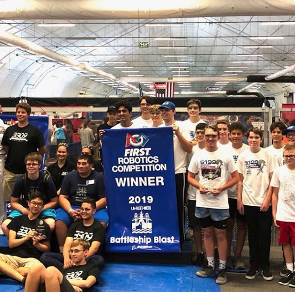 Following a successful year, Robot Dolphins Robotics Team prepares for competition