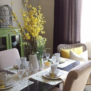 Give Your Dining Table a Spring Makeover0