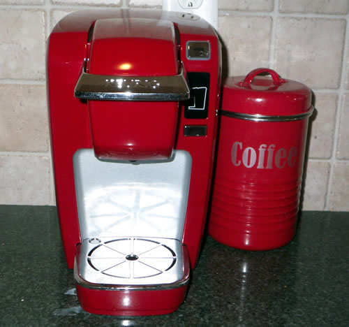 Red Kuerig Coffee Pot