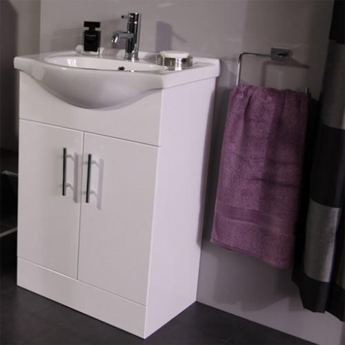 bathroom en-suite furniture