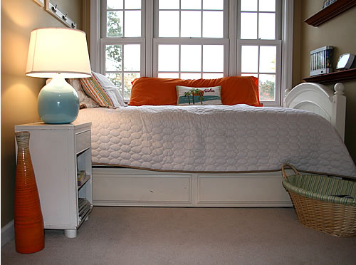 tangerine tango accent in room