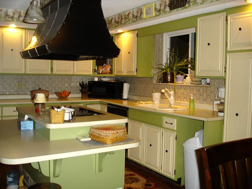 Help Melissa's Kitchen {and on a budget, darn it}