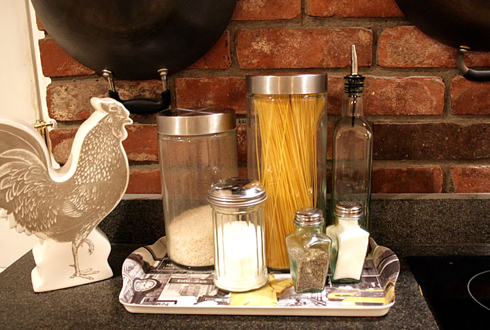 cooking essentials tray from www.yourhomeonlybetter.com