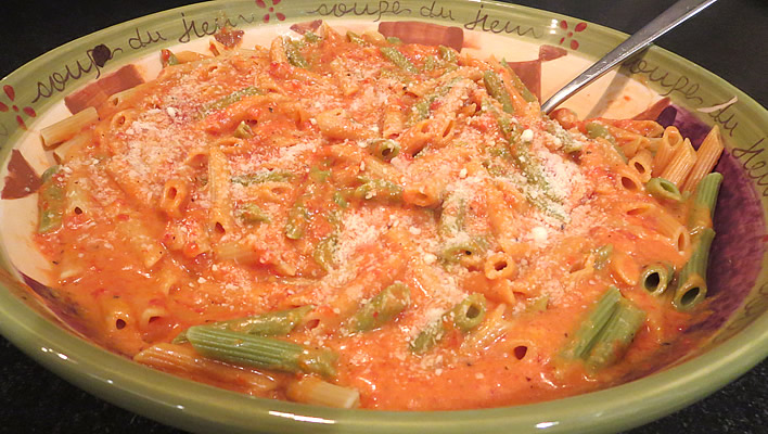 Roasted Red Pepper and Cheese Sauce: Family Favorite