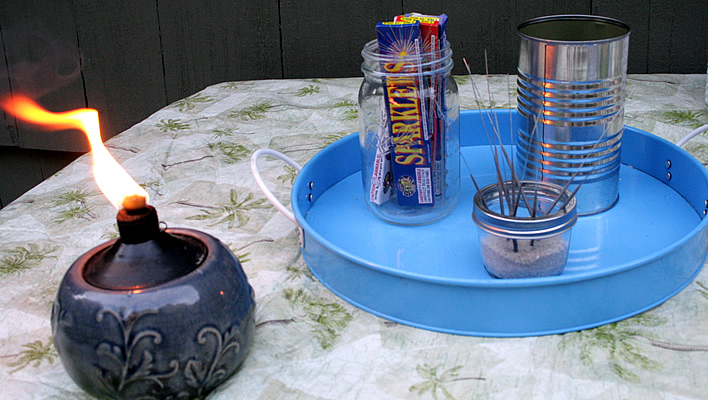 Fire Pit Party Tips: S'mores and Sparklers