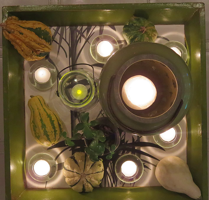 Insanely easy fall decor ideas #falldecor @yourhomeonlybetter