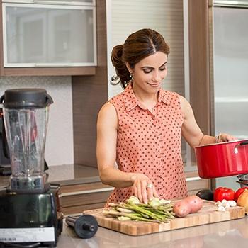 Kathy Jalali in the Kitchen