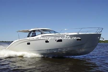 Charter a motor yacht Bavaria 46 HT with Europe Yachts Charter in Croatia