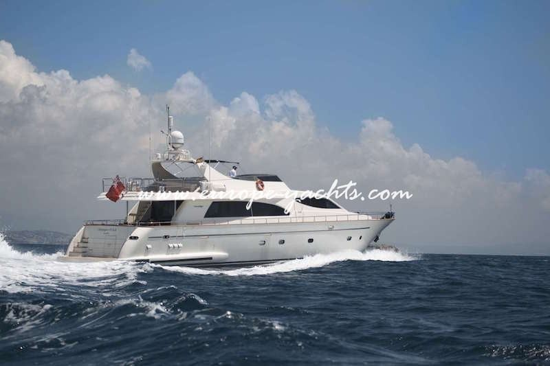 Champagne OClock Yacht Charter